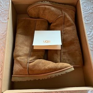 Authentic Ugg Classic Tall Chestnut Boots sz 9